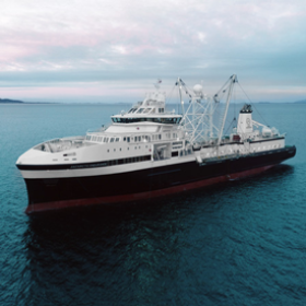 1 3 05 Arctic Endurance Ship